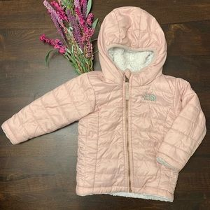 North Face Mossbud Swirl Reversible Jacket Pink